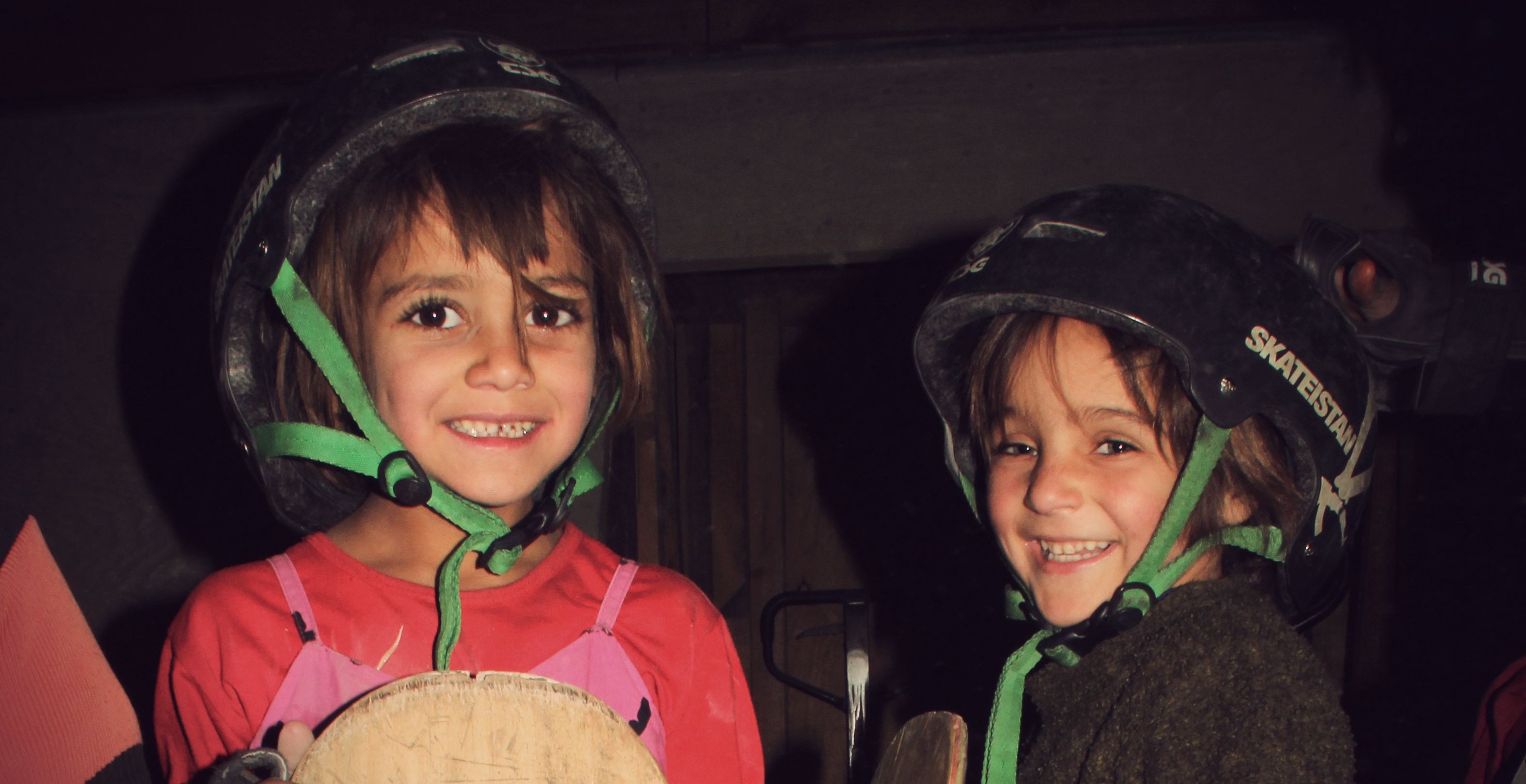 learning to skate in a war zone skateistan girls on skateboard