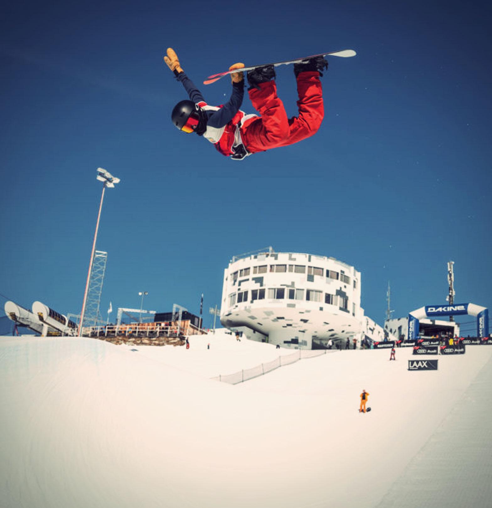 TSG Kids Jonas Hasler Snowboard Halfpipe Laax Galaaxy snowpark laax
