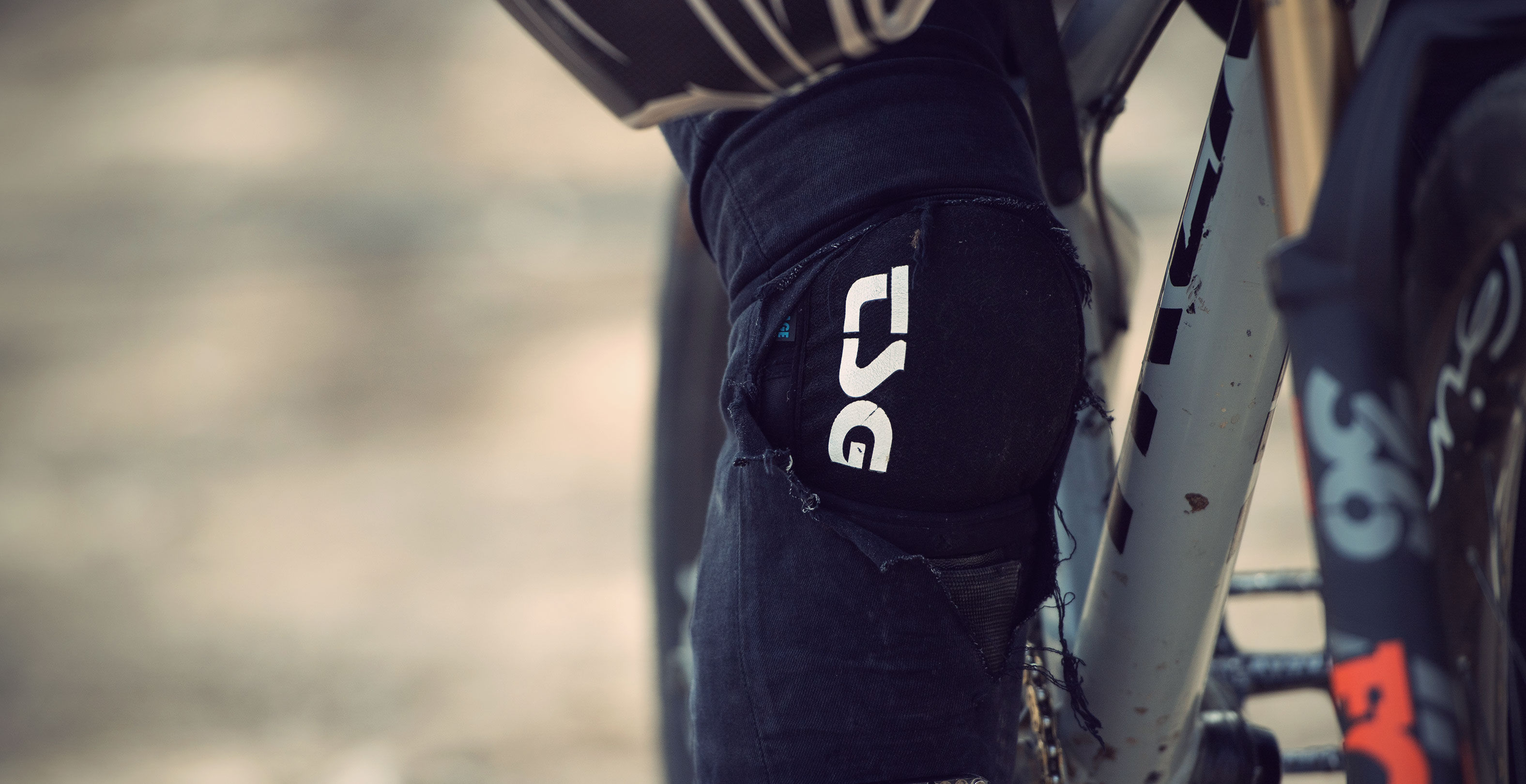 TSG must have product bike Lucas Huppert Tahoe A Kneeguard