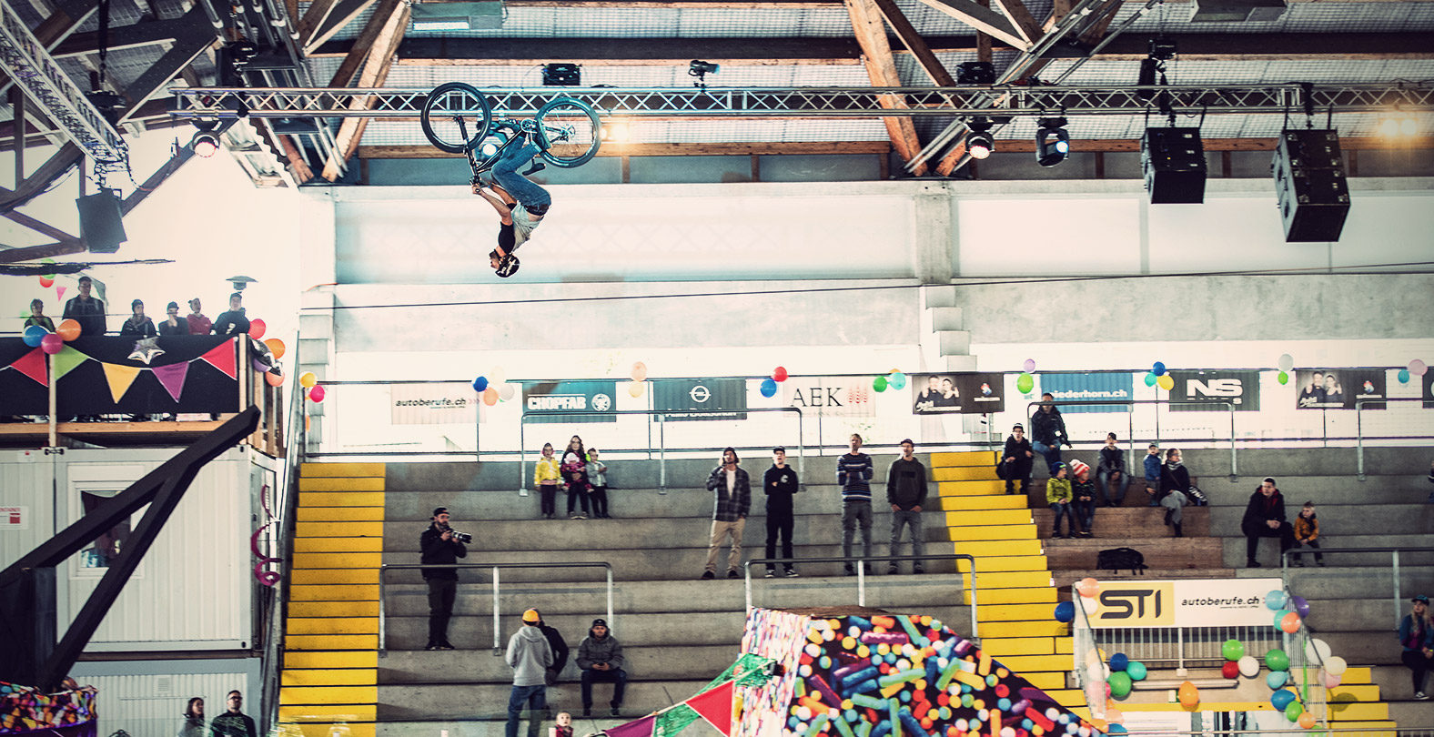 Swatch Rocket Air 2019 Chris Räber photo by Dominik Bosshard