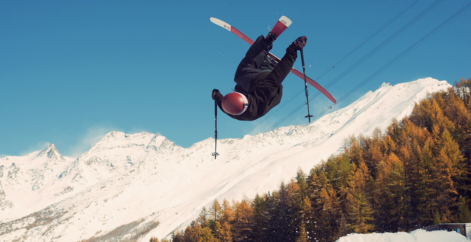Freeskier Sampo Vallotton with a inverted 540