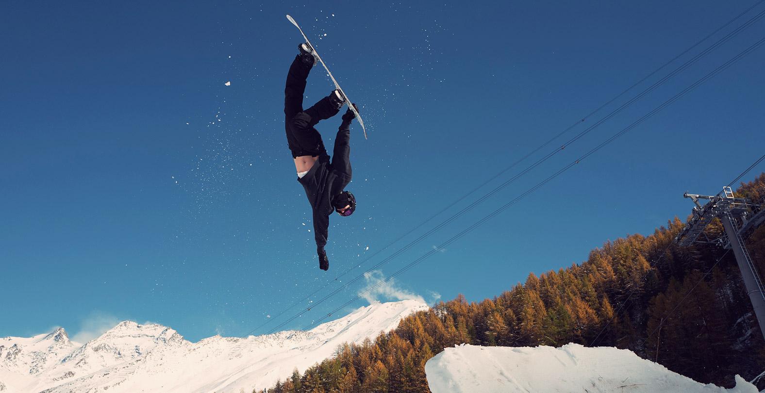 Snowboarder Iouri Podladtchikov with a  BS Rodeo