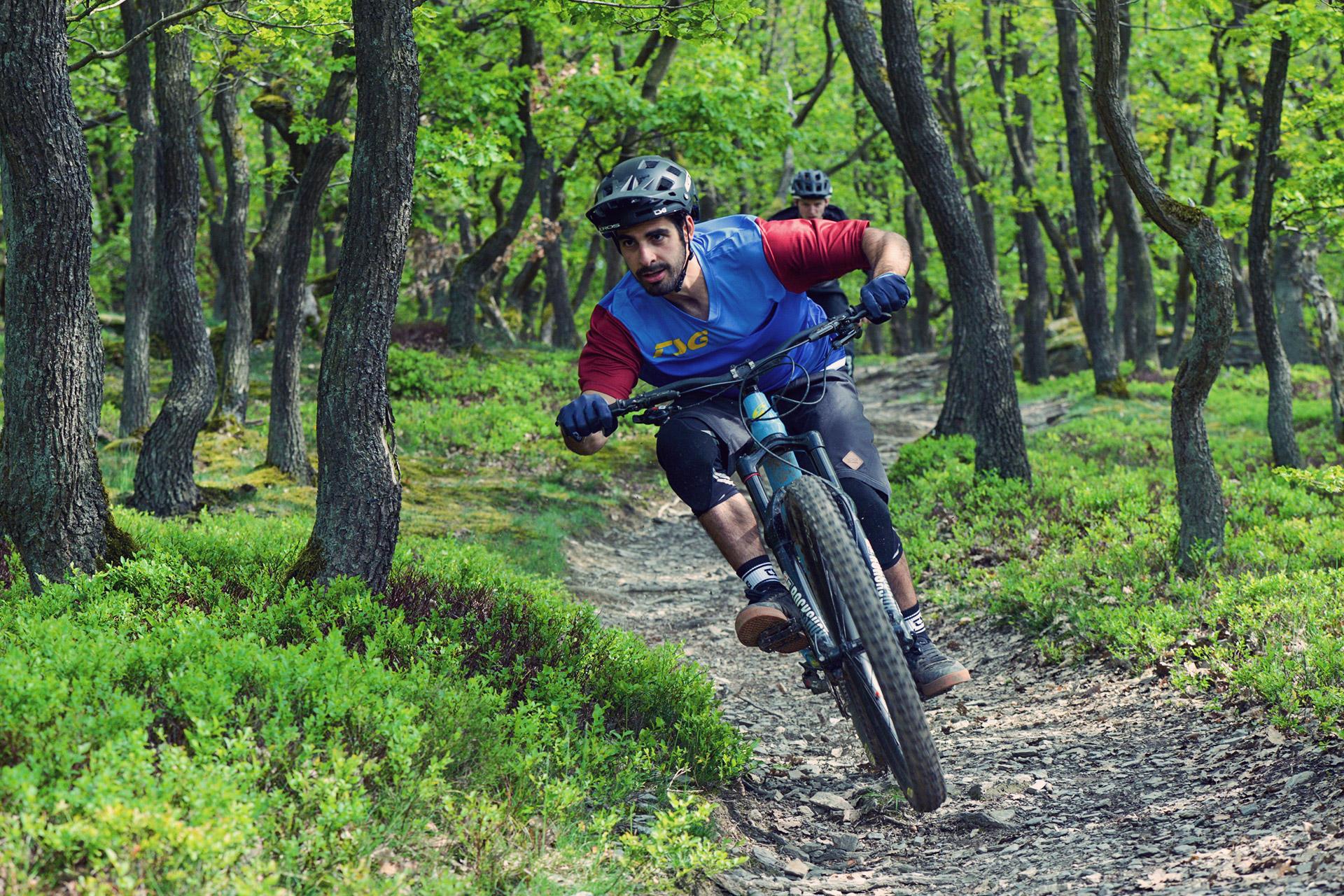 TSG Kraken Solid Color Black BMX//Skate Helmet for Bicycle