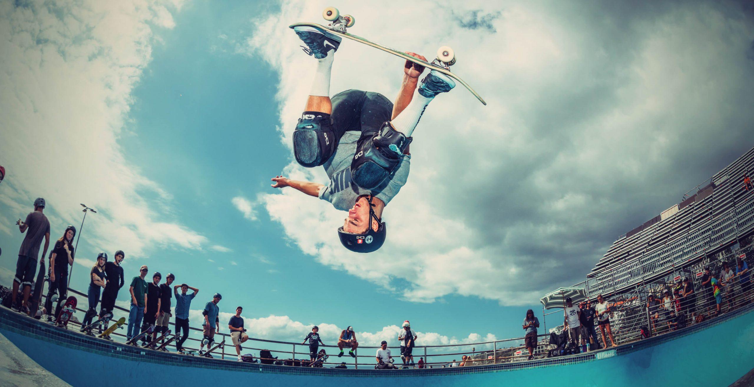 tsg team rider skateboarder jono schwan upside down
