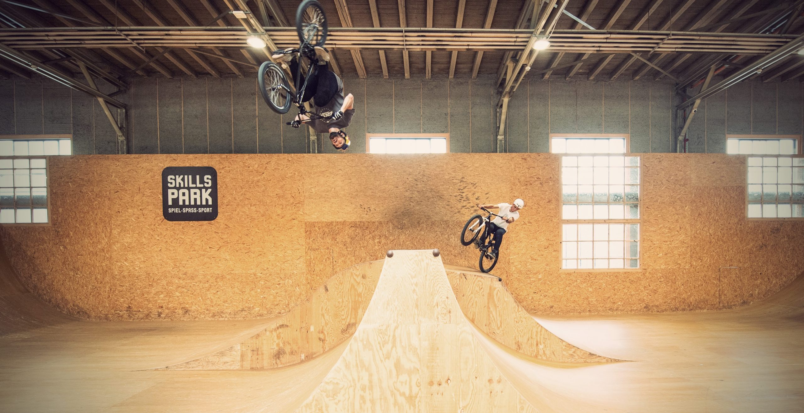 skillspark bmx and mtb session with Daniel Wedemeijer and Lucas Huppert