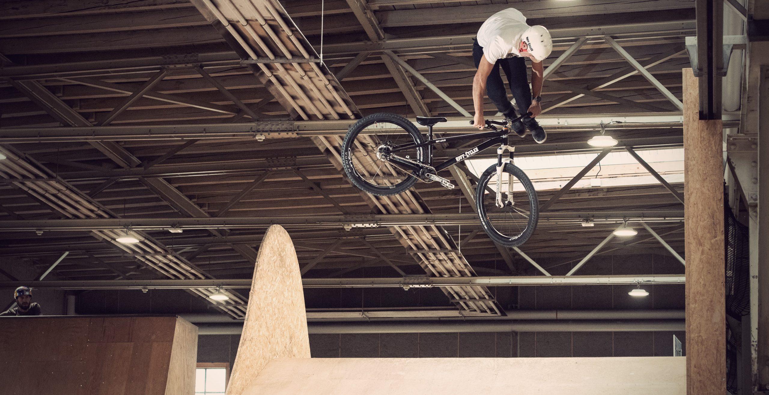 Lucas Huppert Skillspark 360 Downside Tailwhip