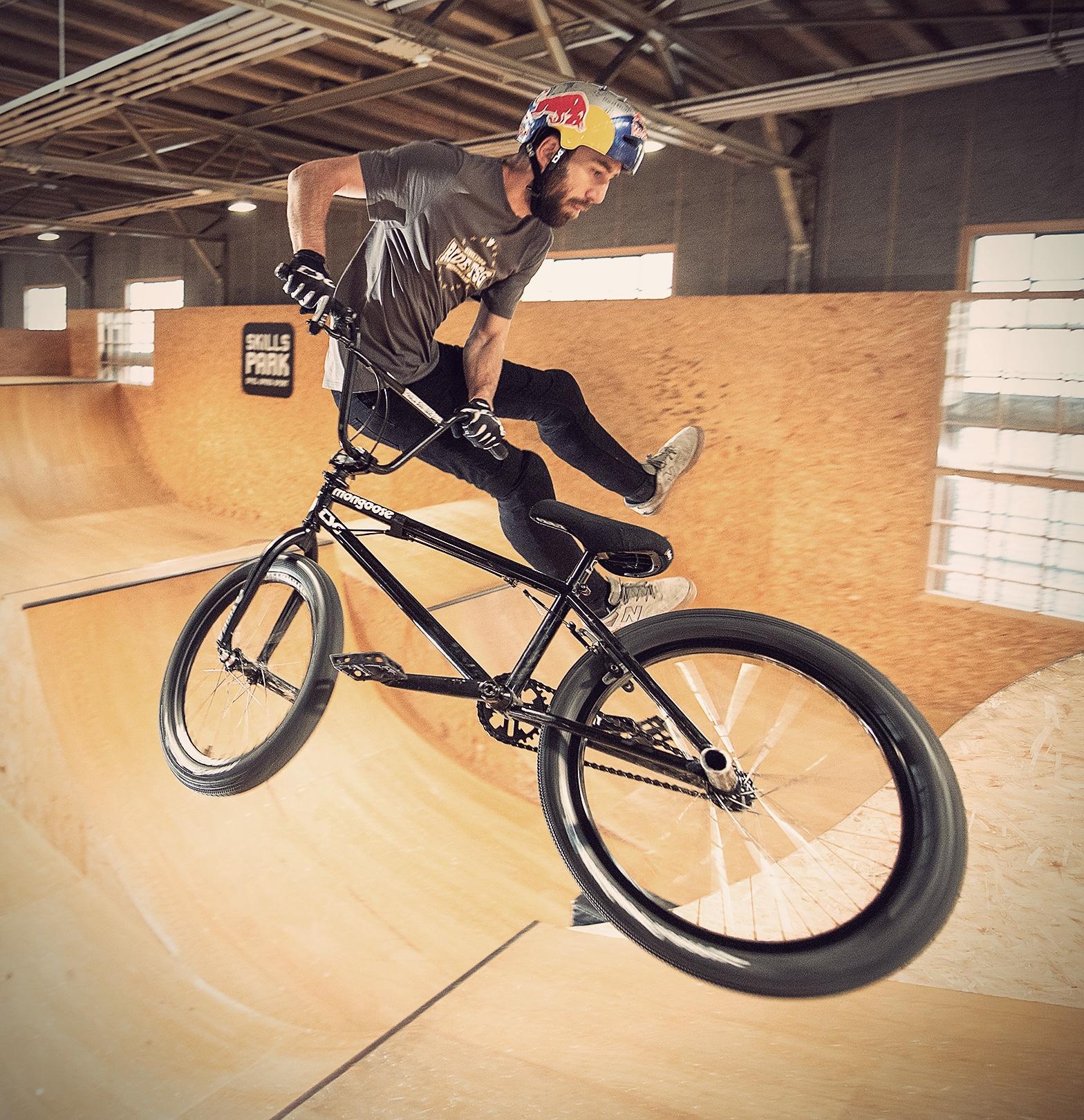 Daniel Wedemeijer bmx skillspark step up