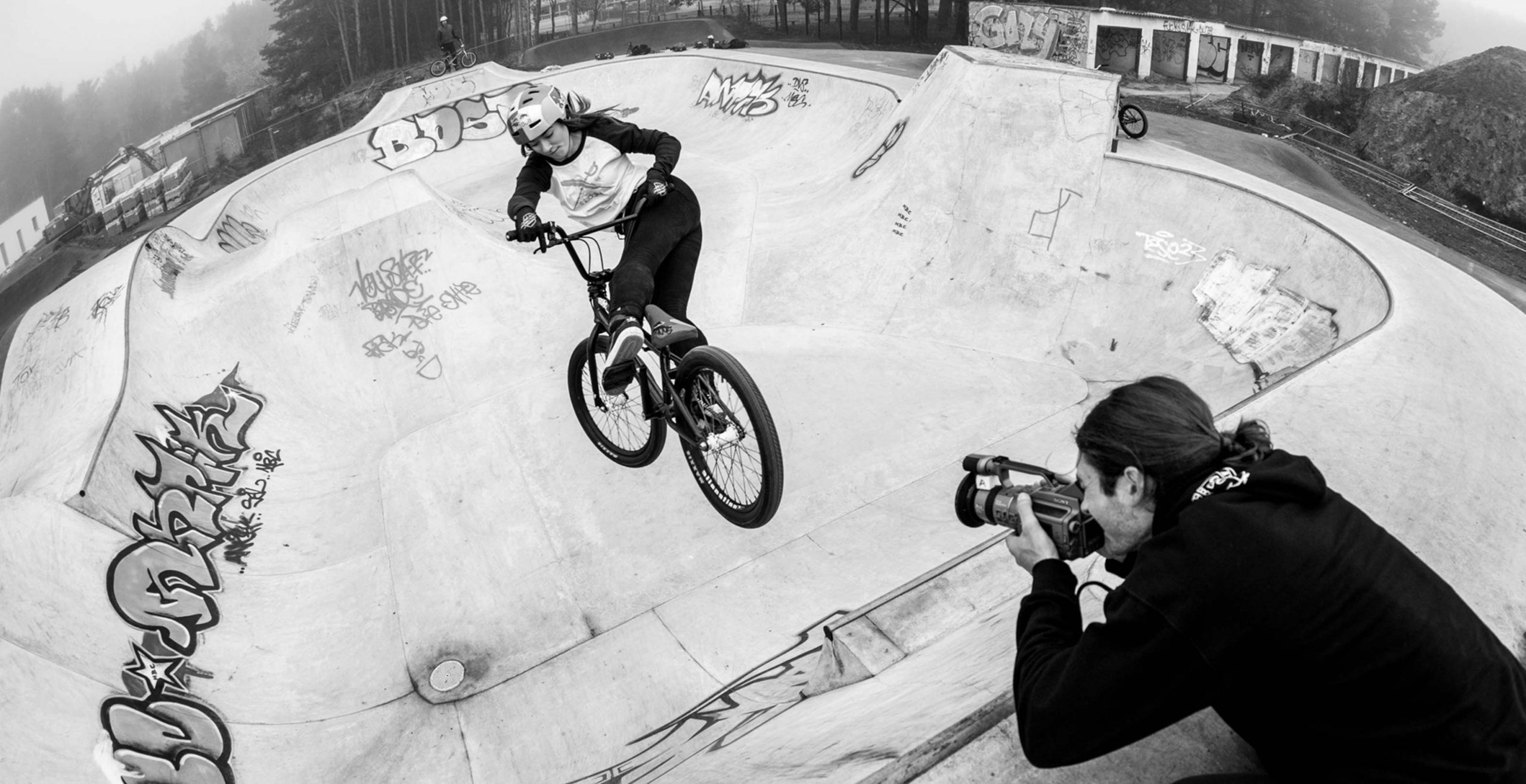 Lara Lessmann bmx beyond your daily routine