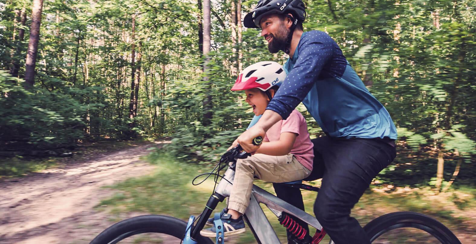 Mountain biker with Kids
